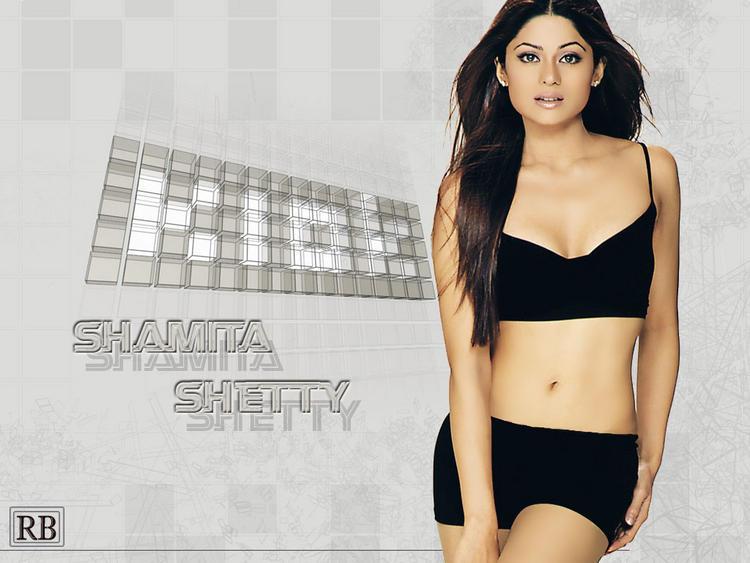 Shamita Shetty Spicy Navel Show Wallpaper