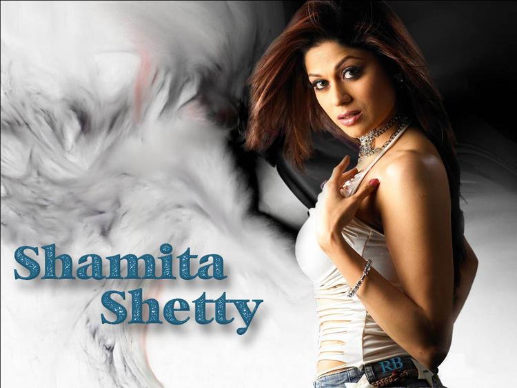Spicy Actress Shamita Shetty wallpaper