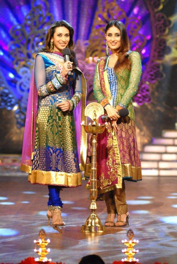 Karishma and Kareena Latest Still On The Stage