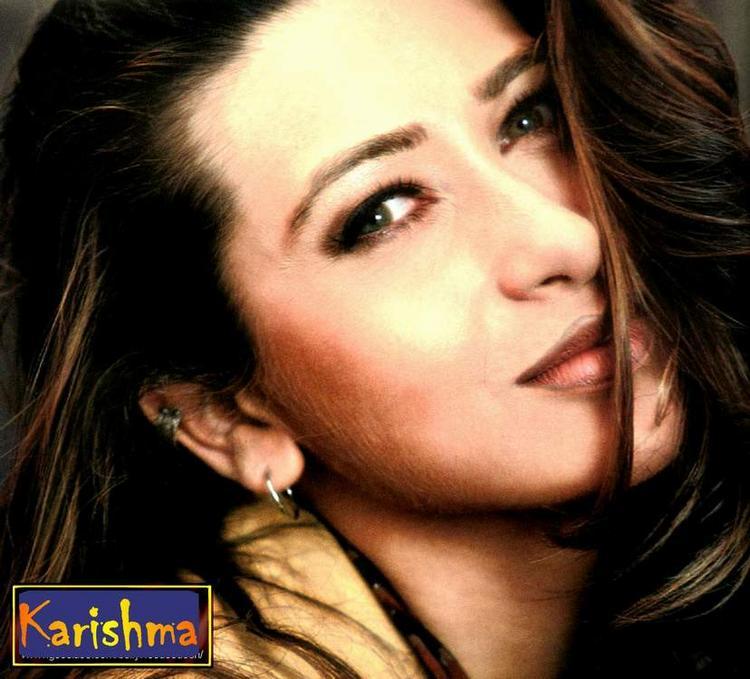 Karishma Kapoor Romantic Face Look Still