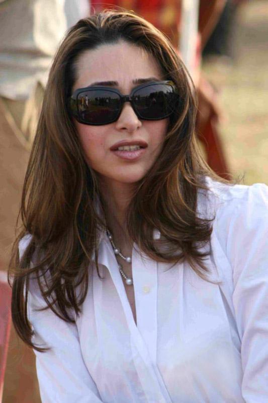 Karishma Kapoor Stylist and Stunning Photo
