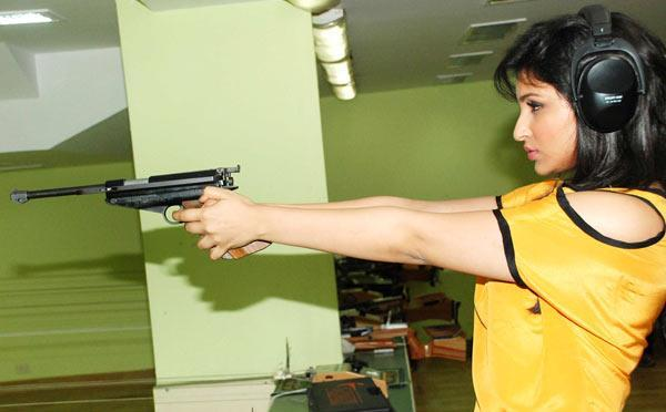 Parineeti Chopra Spotted Promoting Ishaqzaade