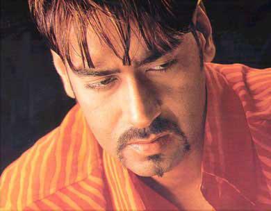 Ajay Devgan in U Me Aur Hum