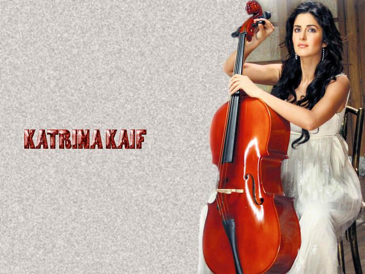 Katrina Kaif Wallpaper With Red Violin