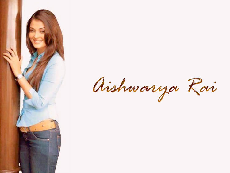 Aishwarya Rai Brown Hair Gorgeous Wallpaper