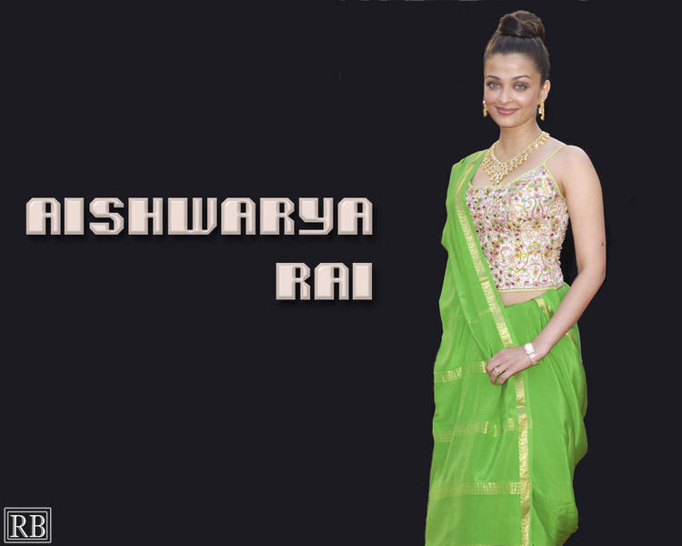 Aishwarya Rai Sexy Beauty look Wallpaper