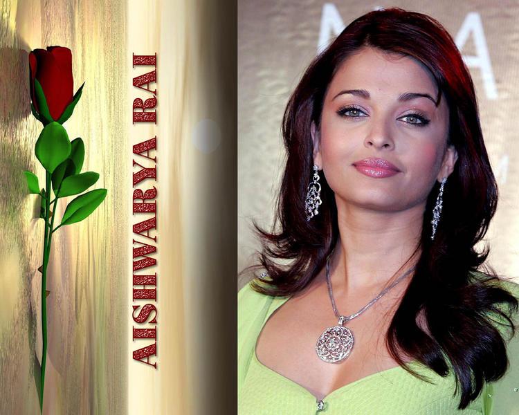 Aishwarya Rai Sweet Lips Wallpaper