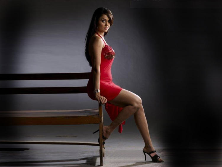 Amrita Arora In Sexy Red Dress Wallpaper