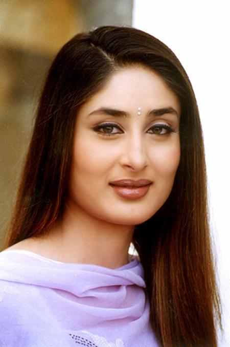 Bubbly Beauty Kareena Kapoor Beauty Still