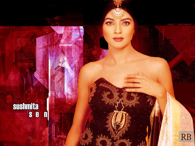 Sushmita Sen Glamourous Look Wallpaper