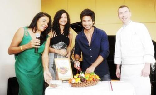 Shahid Kapoor,Sushma During Rashmi Uday Singh Book Launch