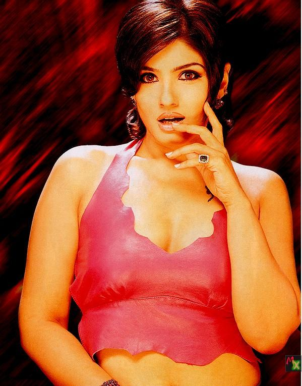 Raveena Tandon Hottest Wallpaper