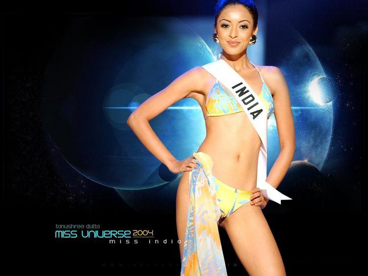 Miss India Tanushree Dutta In Bikini Wallpaper