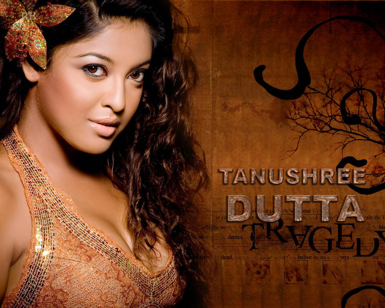 Tanushree Dutta Close Up Wallpaper