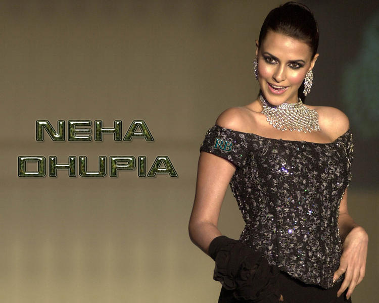 Neha Dhupia Cute Face Wallpaper