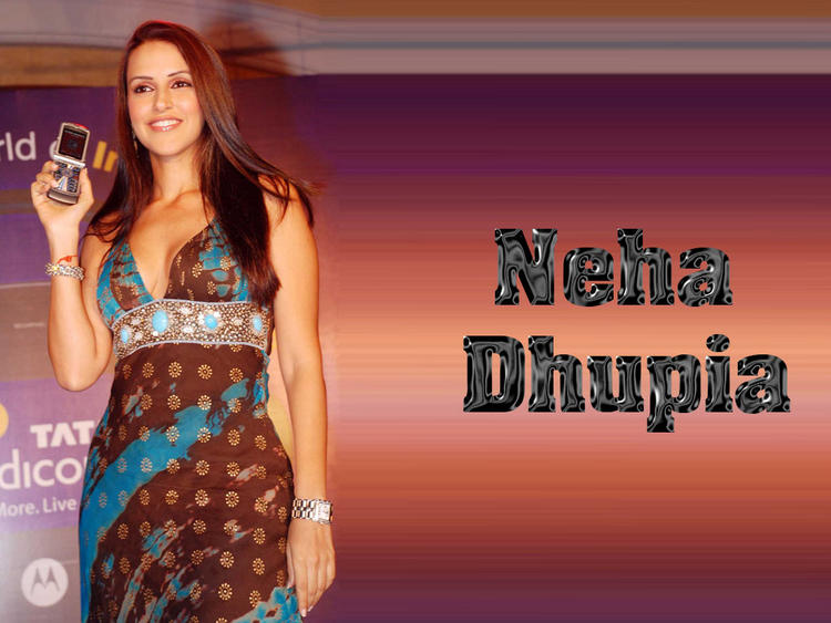 Neha Dhupia Phone Launch Wallpaper