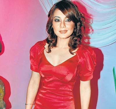 Minissha Lamba Awesome Still In Red Dress