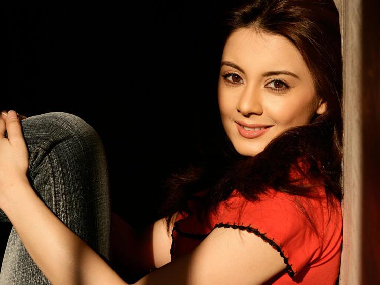 Minissha Lamba Stunning Face Still