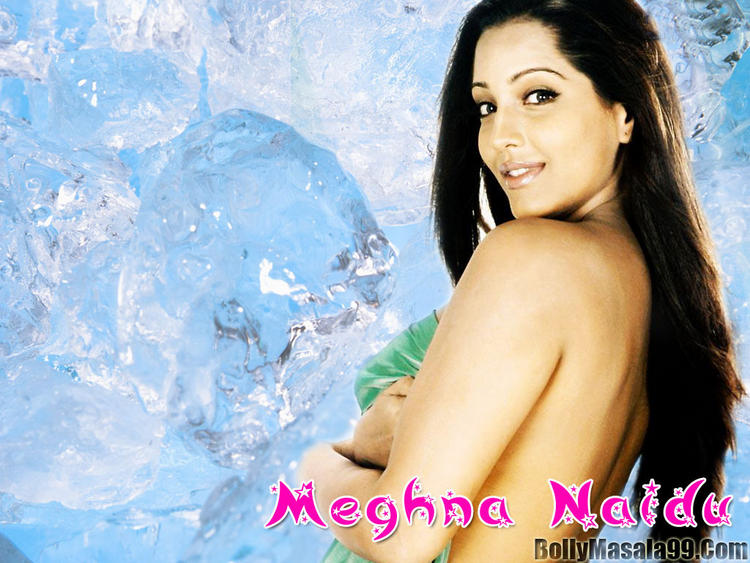 Meghna Naidu Beautiful And Cool Look Wallpaper