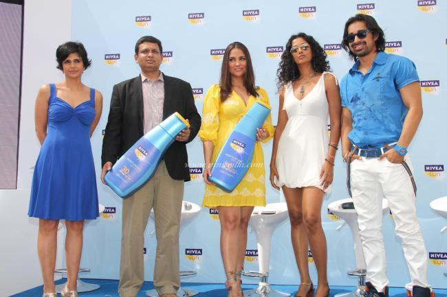 Lara Dutta, Mandira Bedi at the Launch of NIVEA Sun