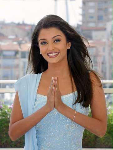 Stunning Babe Aishwarya Rai Best Photo