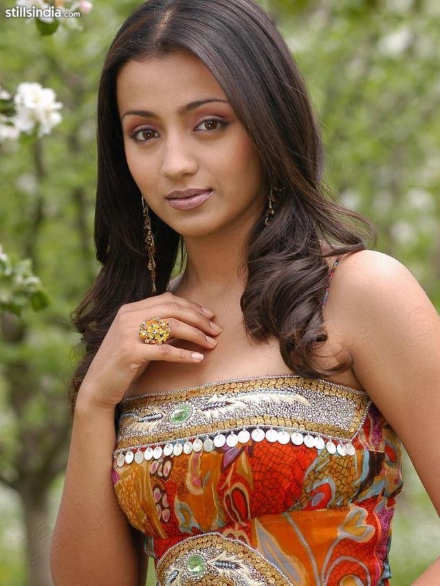 Lovely Trisha Krishnan Beauty Still