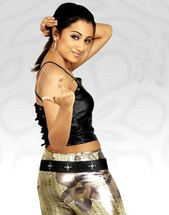 Trisha Krishnan Cute Hot Pose Photo Shoot