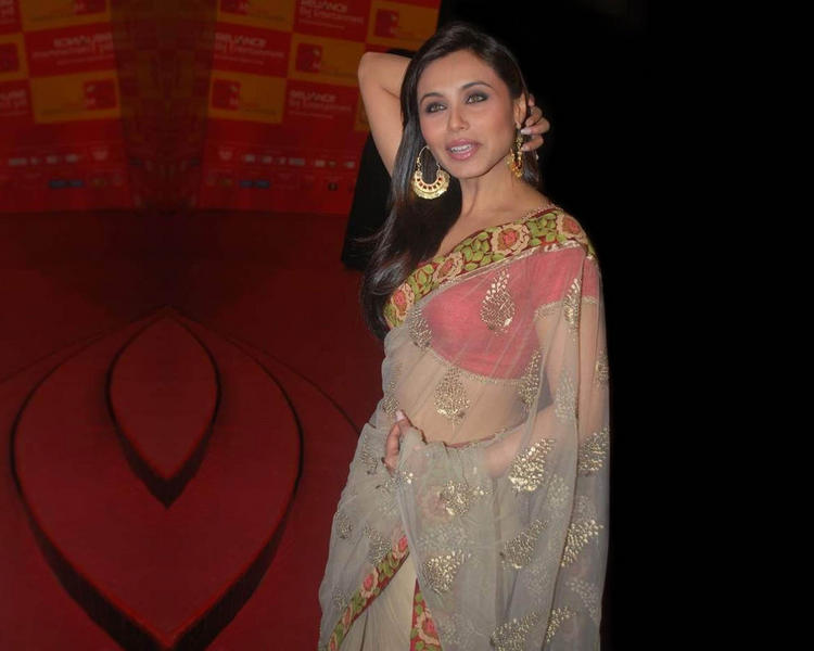 Rani Mukherjee In Transparent Saree Gorgeous Pic