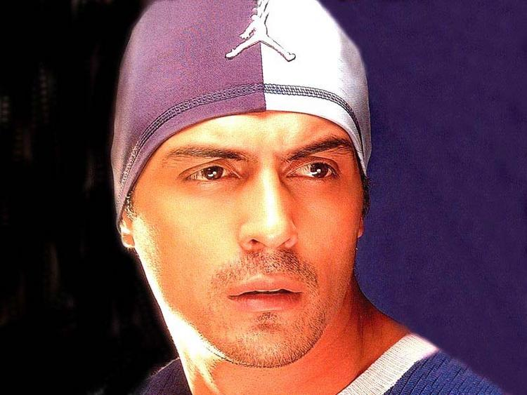 Arjun Rampal Stunning Face Look Wallpaper
