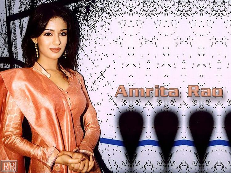 Amrita Rao Nice and Cool Look Wallpaper