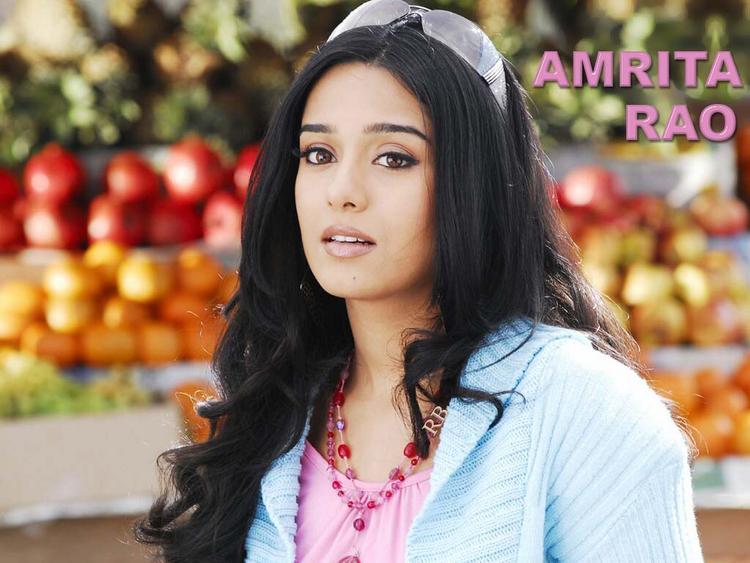 Amrita Rao Stunning and Stylist Wallpaper