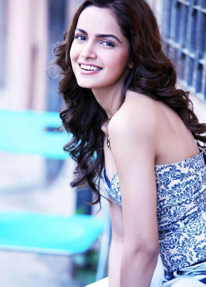 Shazahn Padamsee With Beauty Smile Pic