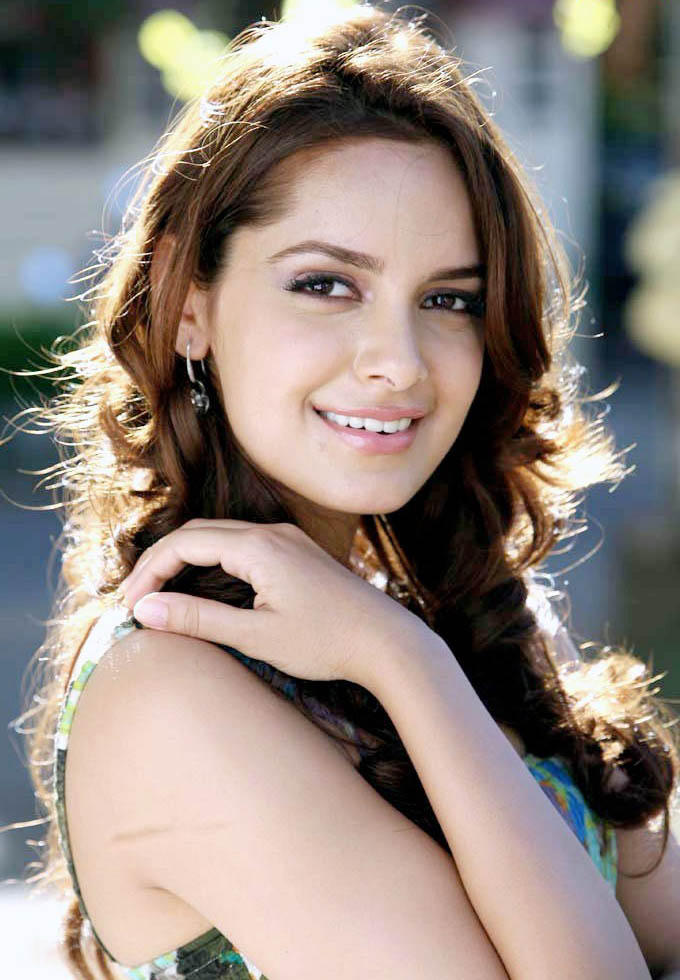 Shazhan Padamsee Stunning Face Beauty Still
