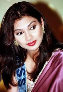 Former Miss World Yukta Mookhey Awesome Still