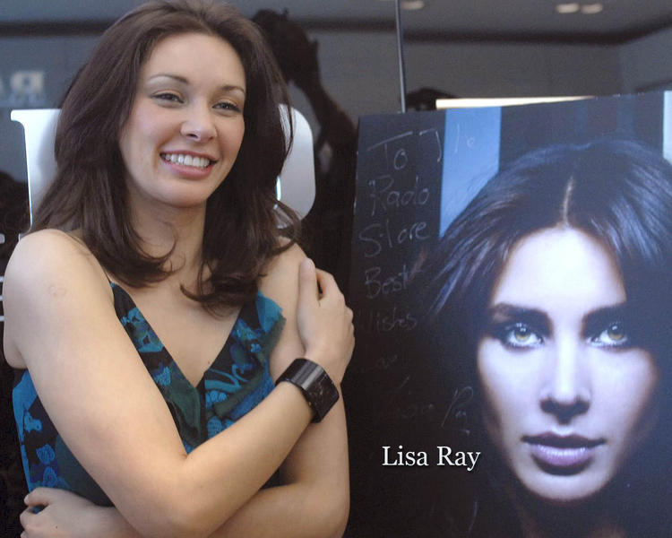 Lisa Ray Glorious Wallpaper