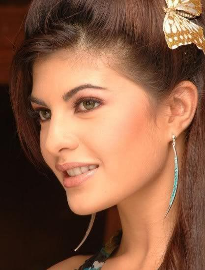Jacqueline Fernandez Side Face Beauty Still