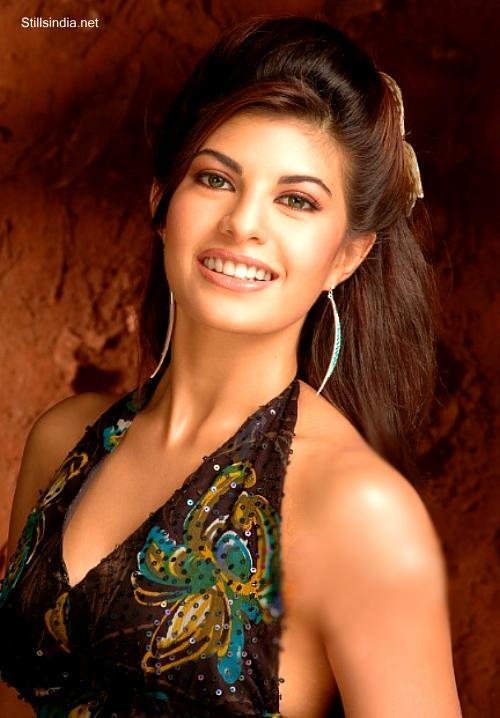 Jacqueline Fernandez Sweet Gorgeous Photo