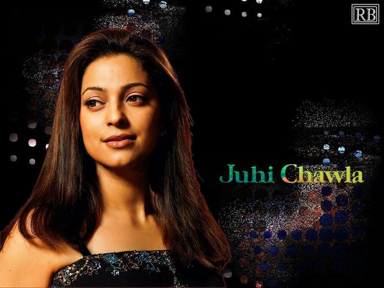 Juhi Chawla Gorgeous Wallpaper