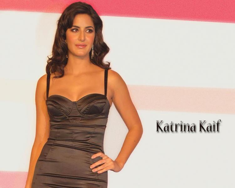 Crazy Bollywood Babe Katrina Kaif Wallpaper