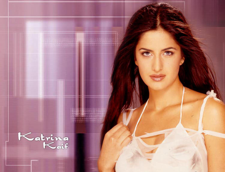 Katrina Kaif Hot Romantic Look