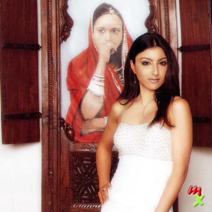 Soha Ali Khan Glamour Wallpaper