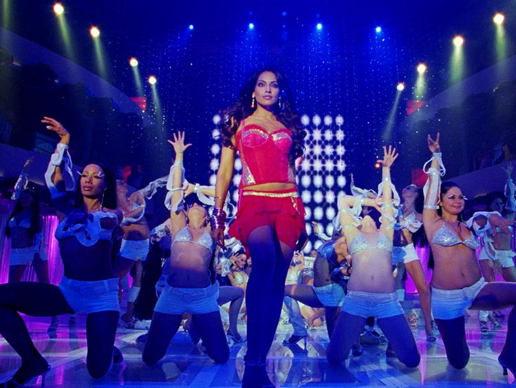 Bipasha Basu Hot Stage Performance Still