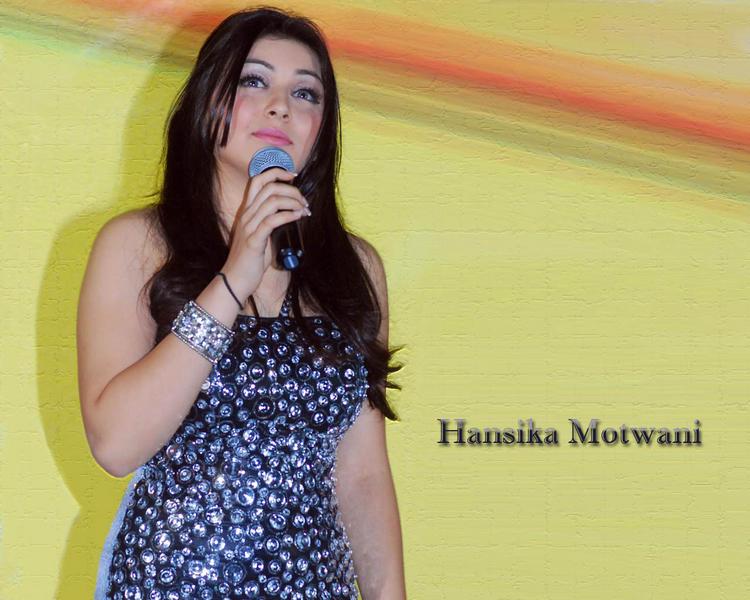 Lovely Actress Hansika Motwani Wallpaper
