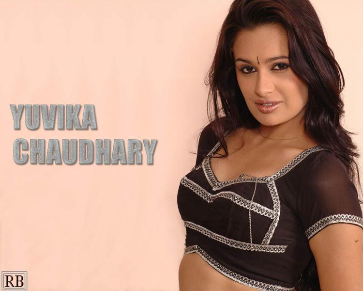 Yuvika Chaudhary Sexy Blouse Still