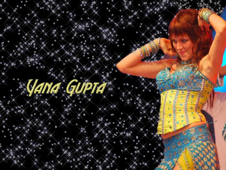 Yana Gupta Red Hair Hot Wallpaper