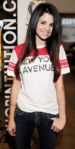 Rock Star Selena Gomez Pic