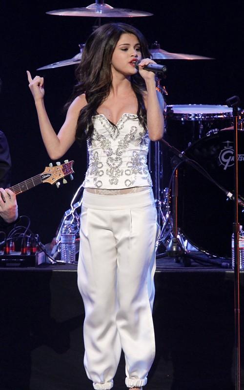 Sexy Singer Selena Gomez Still