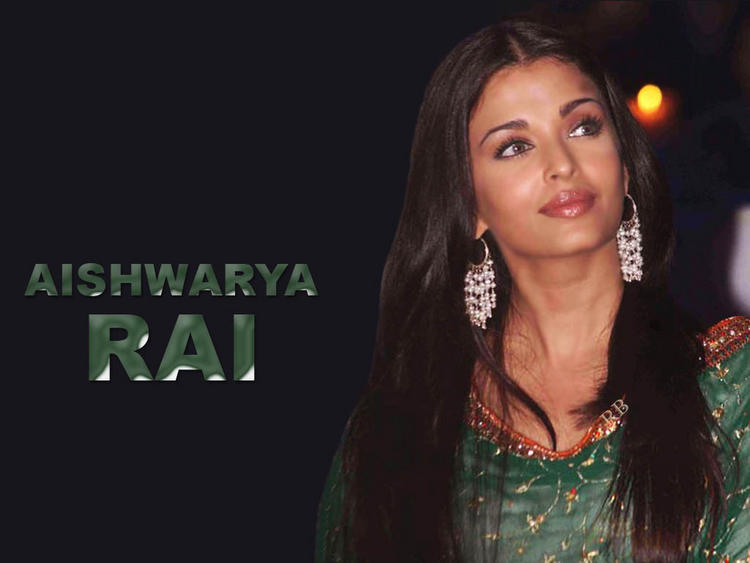 Aishwarya Rai Cool Looking Wallpaper