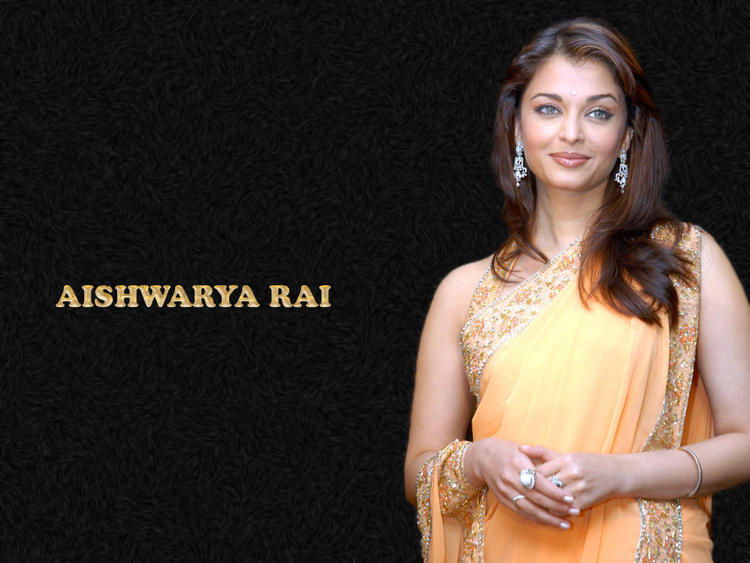 Aishwarya Rai Sizzling And Hot Look Wallpaper