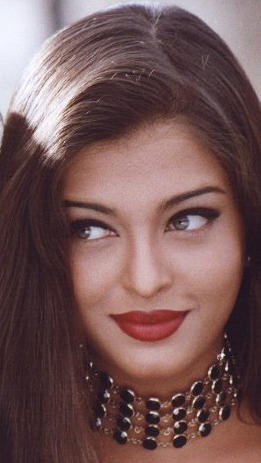 Aishwarya Rai Wet Red Lip Pic